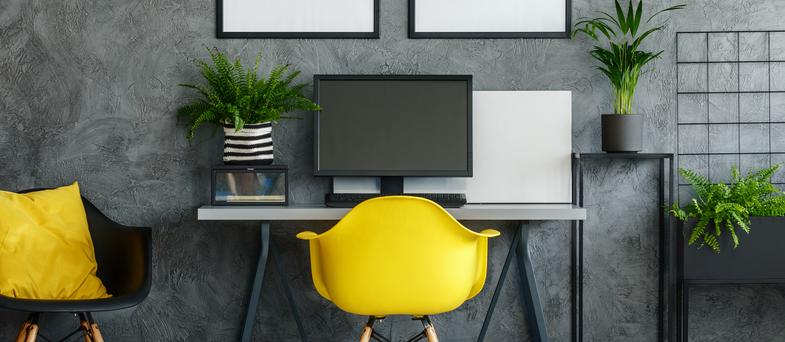 4 Tips to Improve the Atmosphere of Your Home Office
